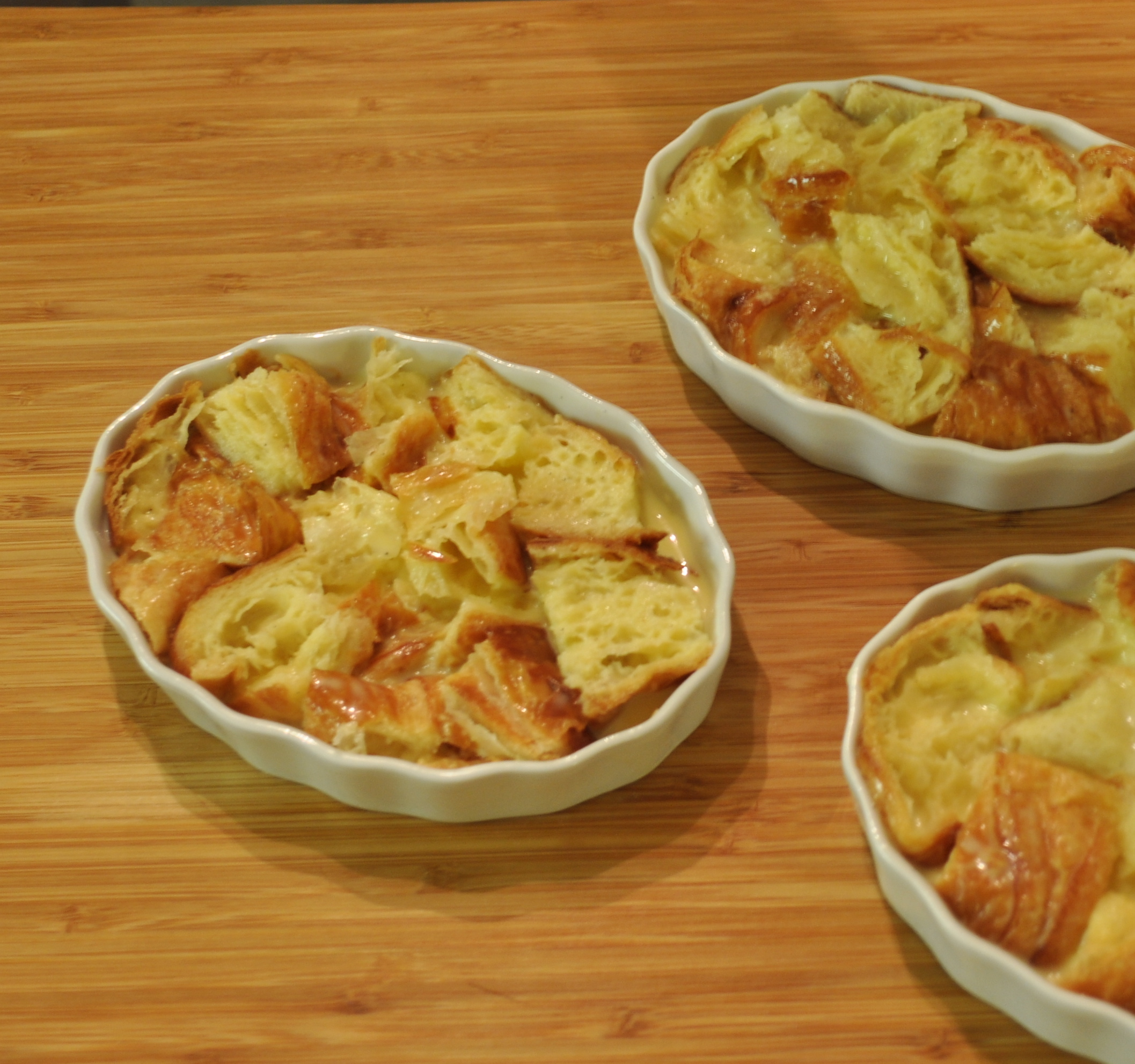 Creme Brulee Bread Pudding Custard After Baking These Darling Little Bread Puddings