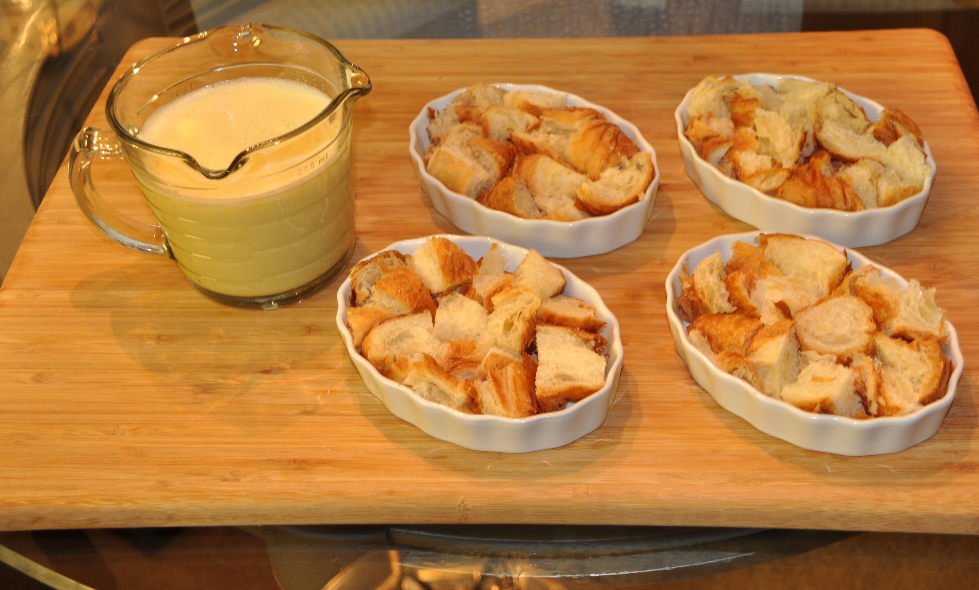 Creme Brulee Bread Pudding Ramekins