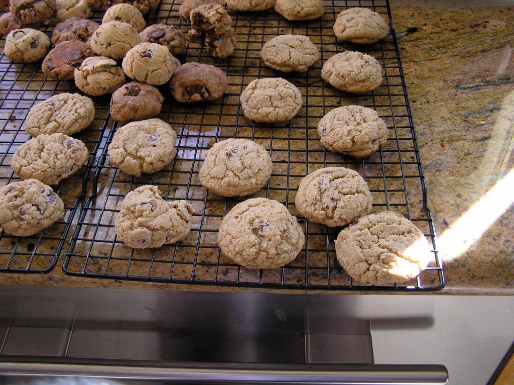 dairy_free_gluten_free_chocolate_chip_cookies_recipe