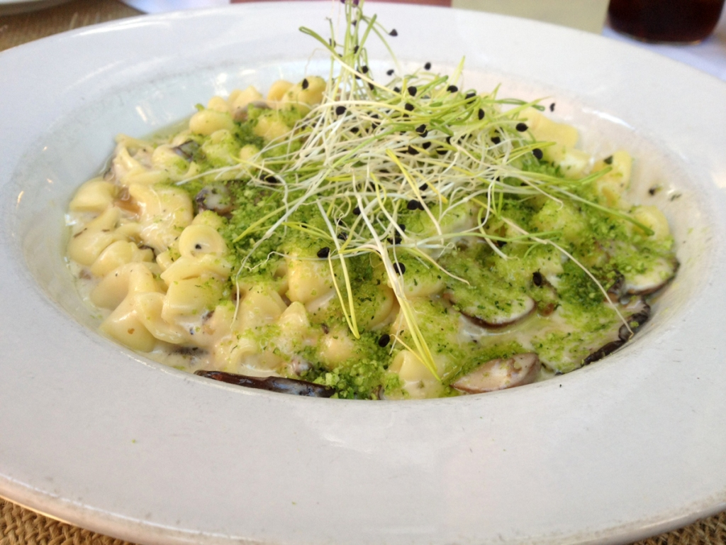 The_Ramos_House_San_Juan_capistrano_Mac_and_Cheese_Wild_Mushrooms_Truffle_Oil