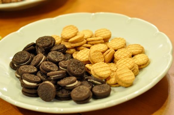 Microwave White Chocolate Fondue