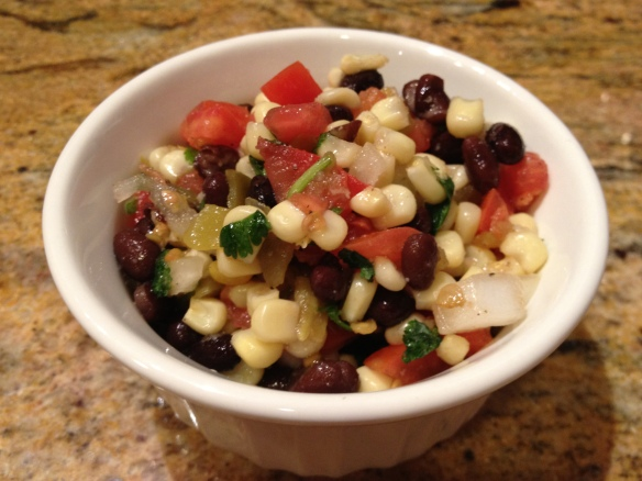 Healthy_Salsa_Recipe_with_white_corn_and_black_beans_delicious