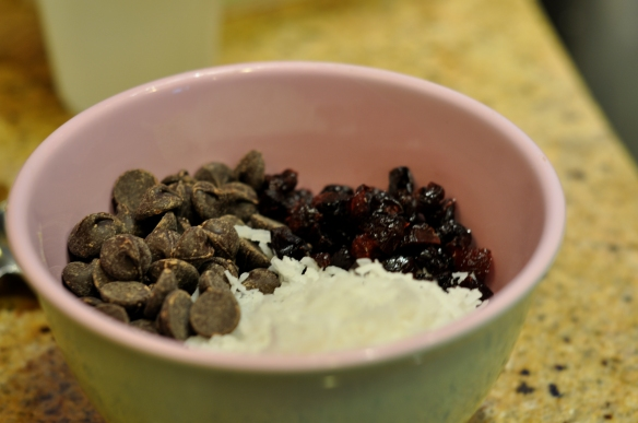 Oatmeal_Cookies_recipe_Chocolate_Cherries_coconut_ingredients