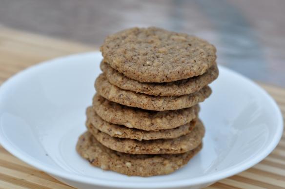 Hazelnut_espresso_cookies_recipe_baked_cookies_with_hazelnut_and_espresso